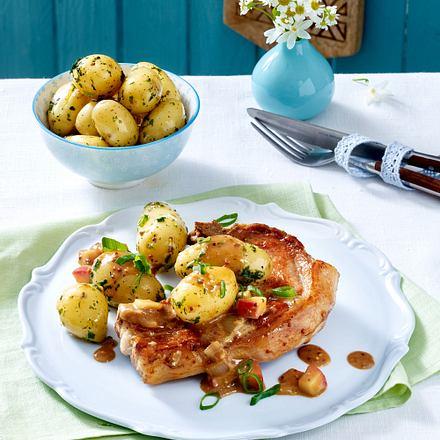 Koteletts in Apfel-Senfsoße mit Kräuter-Kartoffeln Rezept