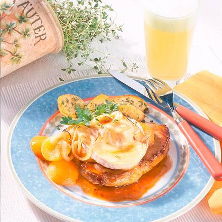 Koteletts mit Aprikosen-Käsehaube Rezept