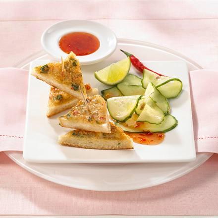 Krabben-Croûtons auf Sprossen-Salat Rezept