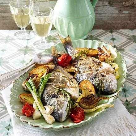 Kräuter-Dorade aus dem Ofen Rezept