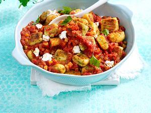 Kräuter-Gnocchi in schneller Tomatensoße Rezept