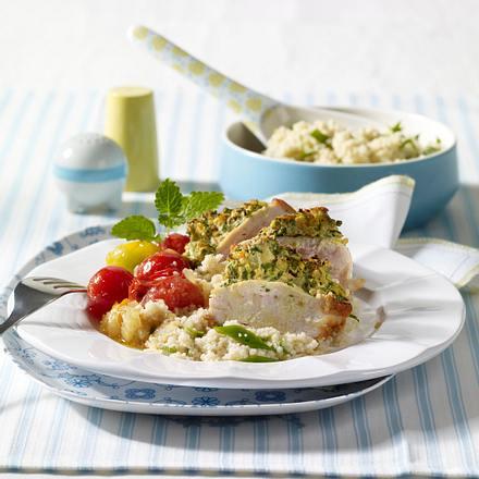 Kräuter-Hähnchenfilet mit geschmorten Tomaten und Couscous Rezept