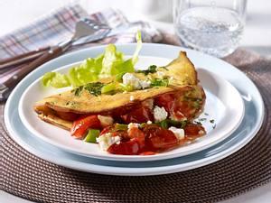 Kräuter-Omelett mit Tomaten-Ragout und Fetakäse Rezept