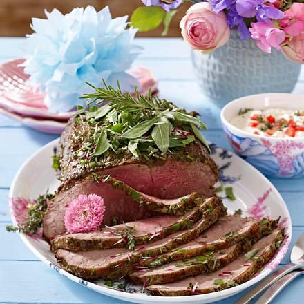 Kräuter-Roastbeef mit Meerrettichdip Rezept