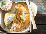 Kräuter-Zucchini-Scone mit Garnelen-Tsatsiki Rezept