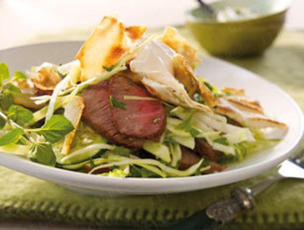 Krautsalat mit Lamm & geröstetem Fladenbrot Rezept