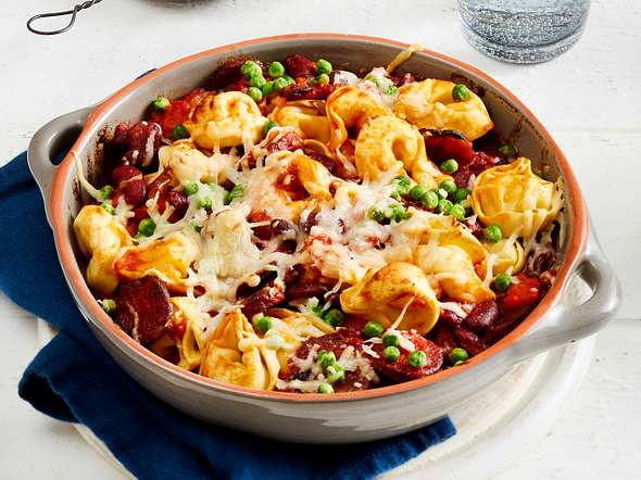 Kriegt jeder gebacken: Tortelloni-Topf mit Chorizo Rezept