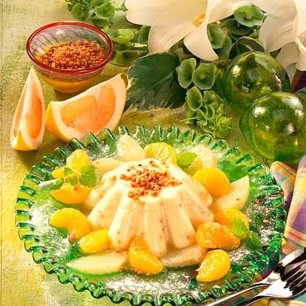 Krokant-Pudding mit Zitrusfrüchten Rezept