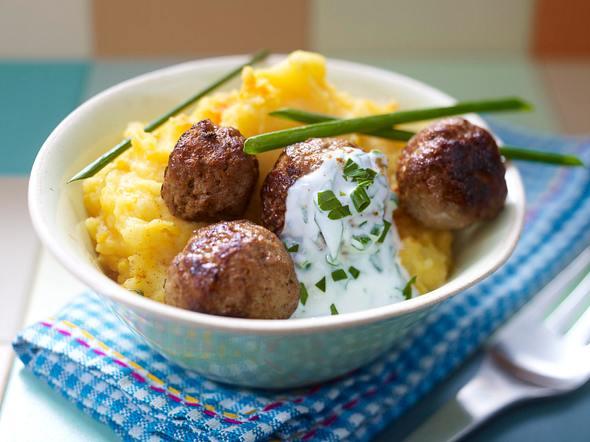 Kürbis-Kartoffelpüree mit Hackbällchen Rezept