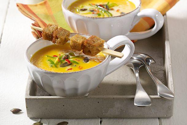 Kürbis-Möhren-Suppe Rezept