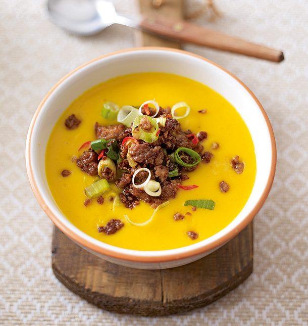 Kürbis-Orangen-Suppe mit Chilihack