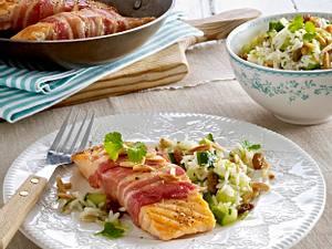 Lachs im Parmaschinkenmantel zu warmem Reissalat Rezept