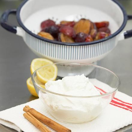 Lachs-Sashimi auf Kartoffel-Schnittlauch-Creme mit Croûtons Rezept