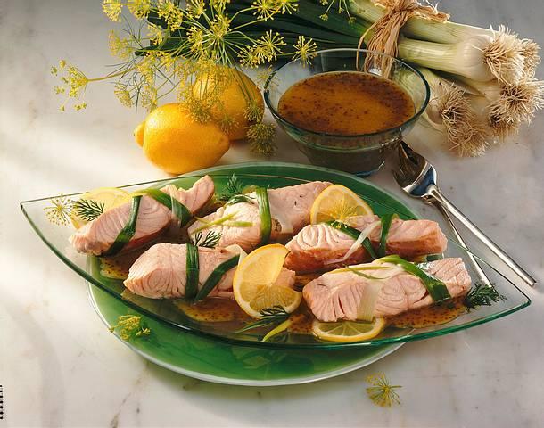Lachspäckchen in Honig-Senf-Soße Rezept