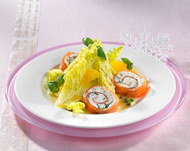 Lachsröllchen an Salatherzen Rezept