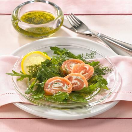 Lachsröllchen auf Rauke-Salat Rezept