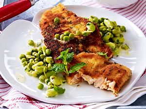 Lachsschnitzel mit grünem Buttergemüse Rezept