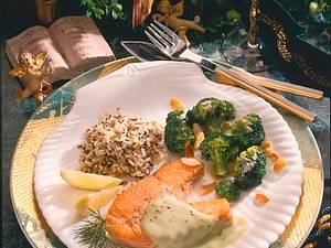 Lachssteak mit Brokkoli und Wildreismischung Rezept