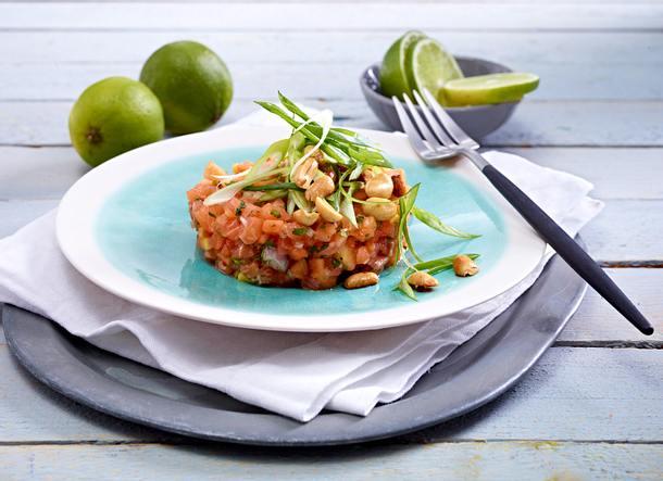 Lachstatar mit Papaya Rezept