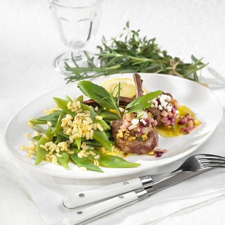 Lamm-Stielkoteletts mit Schafskäsekruste Rezept
