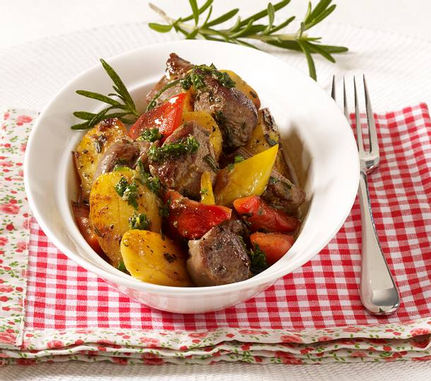 Lammfilets mit Kartoffelgemüse  Rezept