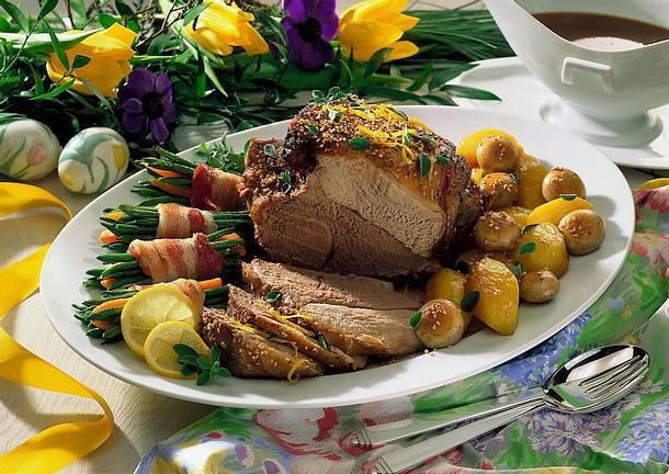 Lammkeule mit Kartoffeln und Bohnen-Möhren-Gemüse Rezept