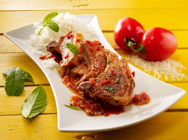 Lammkoteletts in Tomatensoße Rezept
