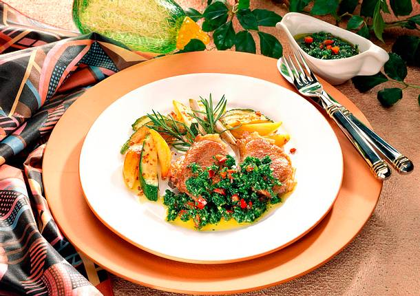 Lammkoteletts mit Petersilien-Paprika-Pesto Rezept