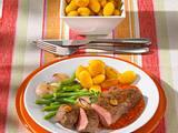 Lammlachse mit Bohnen-Schalotten-Gemüse Rezept