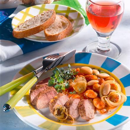 Lammlachse mit Zwiebel-Bohnen-Gemüse Rezept