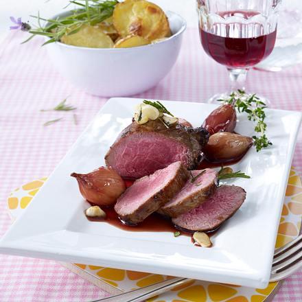 Lammsteaks zu Rotwein-Schalotten Rezept