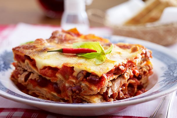 Lasagne all'arrabbiata mit Thunfisch Rezept