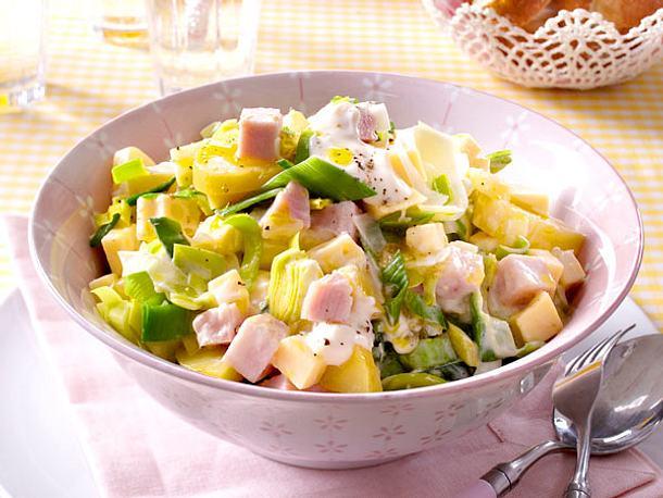 Lauch-Käse-Salat mit Pute und Feigensenfschmand Rezept