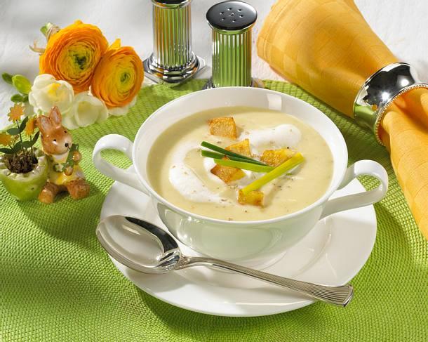 Lauchcreme mit Kartoffel-Croûtons Rezept