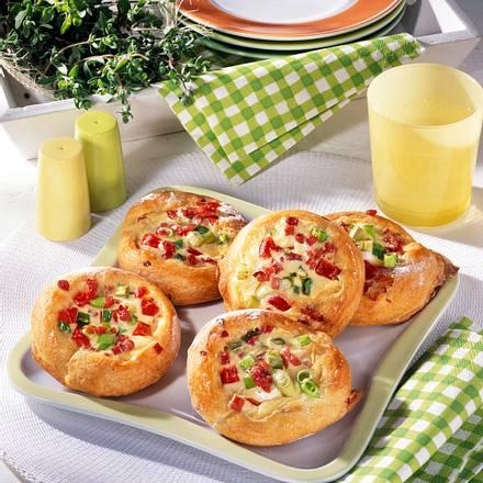 Lauchzwiebel-Pizzen Rezept