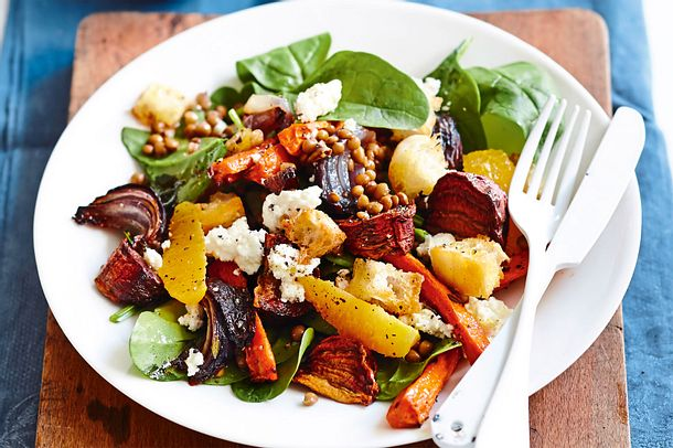Lauwarmer Gemüsesalat mit Beautyhelfern Rezept