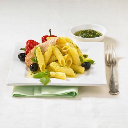 Lauwarmer Pastasalat mit Hähnchenfilet Rezept
