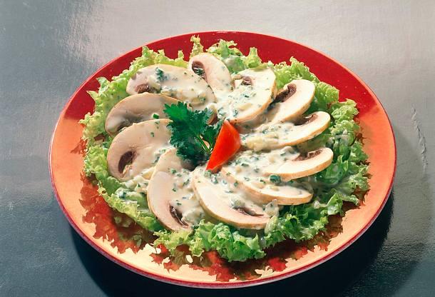 Lauwarmer Pilzsalat Rezept