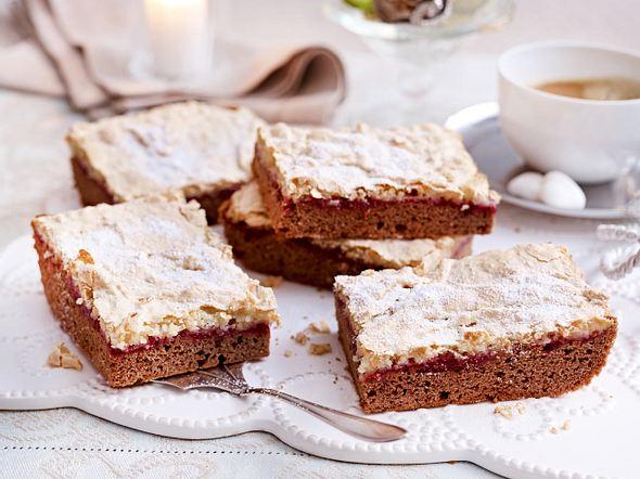 Lebkuchen-Schnitten mit Himbeer und Baiser Rezept