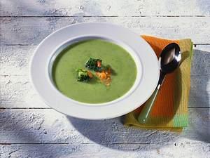 Leichte Broccolisuppe Rezept