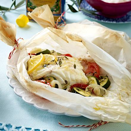 Lengfischfilet auf Gemüse im Pergamentpapier Rezept