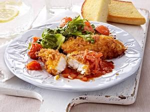 Lengfischfilet mit Cornflakes-Kruste auf geschmortem Römersalat mit Kirschtomaten Rezept