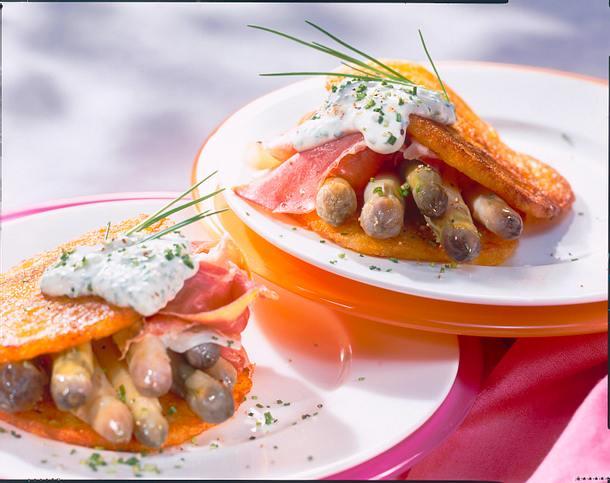 Lila Spargel in Kartoffelpuffern Rezept