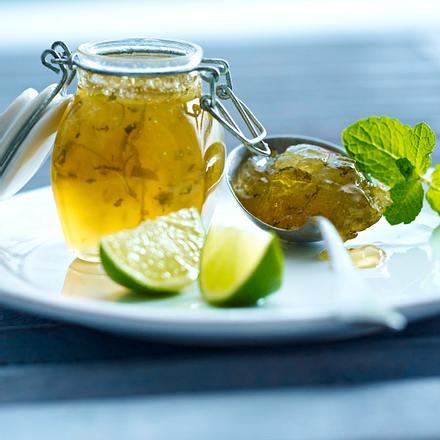 Limetten-Marmelade à la Caipirinha mit Tropic-Gelierzucker Rezept