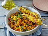 Linsen-Curry-Salat mit Hähnchenspießen Rezept