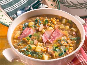 Linsen-Kartoffeleintopf mit Speck Rezept