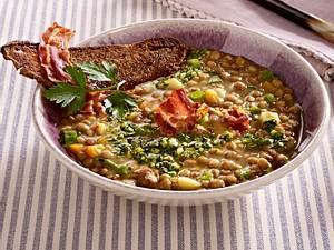 Linsensuppe mit Pancetta und Röstbrot Rezept