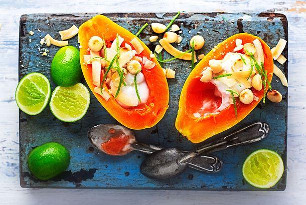 Löffel-Papaya mit Kokoscreme Rezept