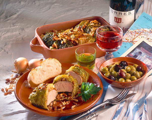 Lomo con col (Schweinfilet in Wirsing auf mallorquinische Art) Rezept