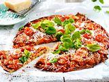 Low Carb Pizza mit Zucchini-Boden Rezept
